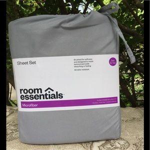 SALE 🌺 Room Essentials Twin Sheet set !